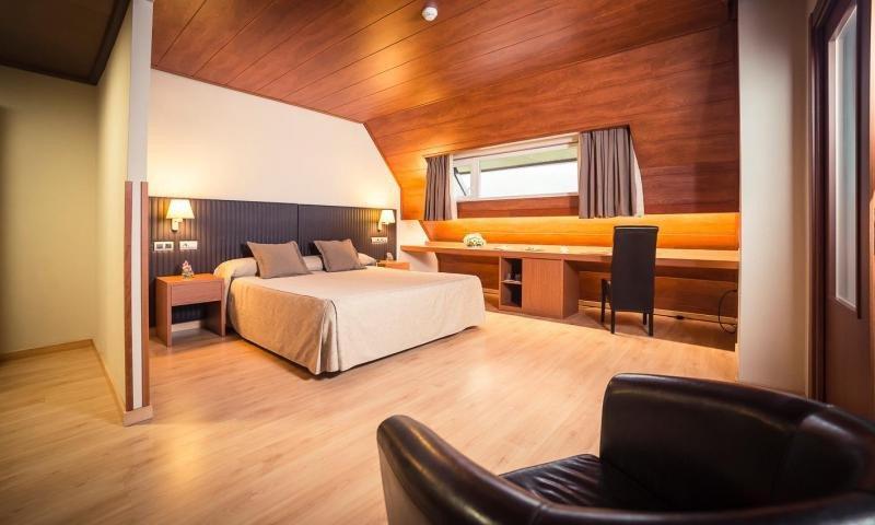 Oca Hotels entra en Cataluña con la compra del Rocallaura