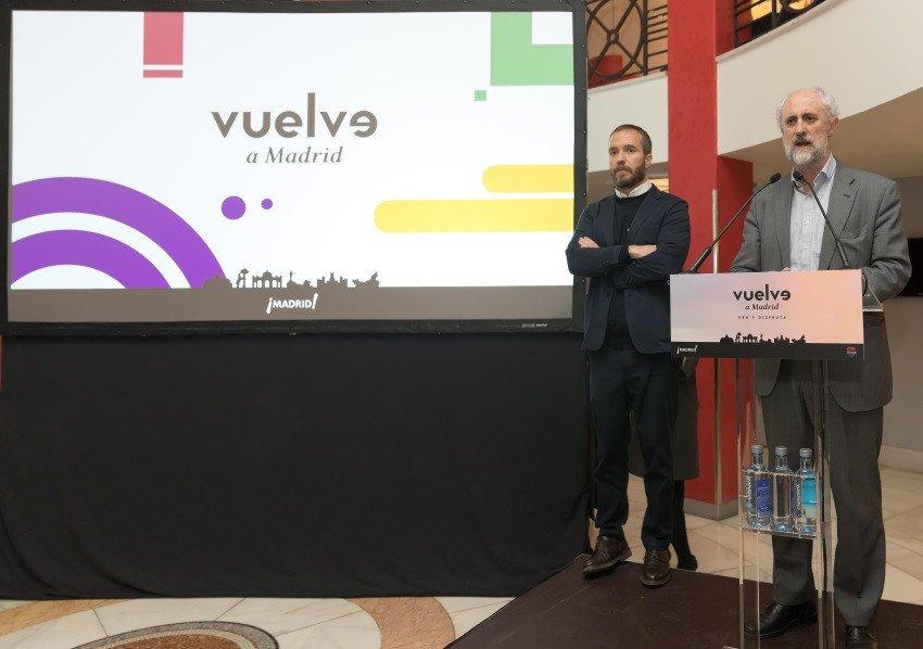 Miguel Sanz, director general de Turismo del Ayuntamiento de Madrid, y Luis Cueto, coordinador general de Alcaldía, presentaron la iniciativa.