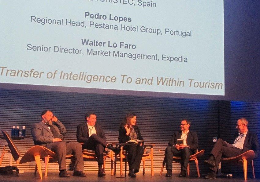Manuel Porras, Jaume Monserrat, la moderadora Maria Gravari-Barbas, de la Universidad de la Sorbona; José Hila y Pedro Lopes.