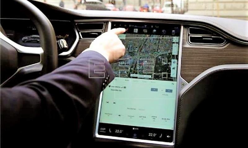 Uber regresa a Barcelona después de cuatro años