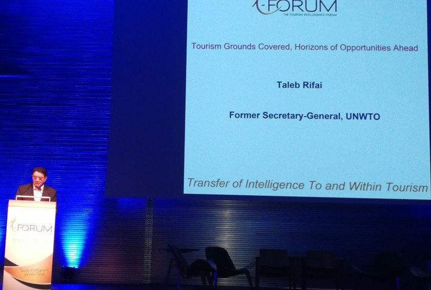 Taleb Rifai, ex secretario general de la OMT, ofreció ayer una conferencia en el T-Forum.