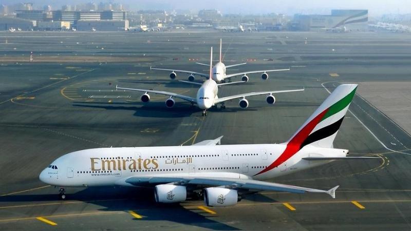España autoriza a Emirates la ruta Dubai-Barcelona-Ciudad de México