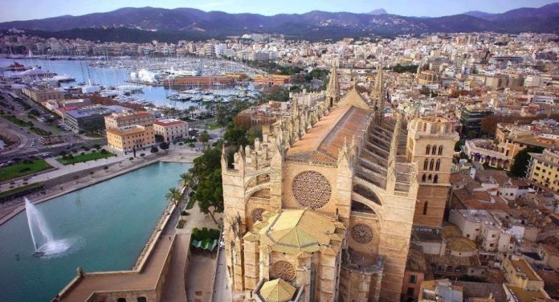 La Policía tendrá un listado de dueños de casas vacacionales en Baleares
