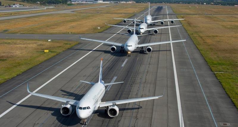 Las aerolíneas programan para el verano en España 222,5 M de asientos
