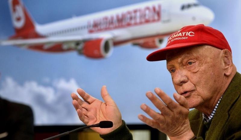 Niki Lauda anunció el relanzamiento de la compañía para el 25 de marzo (Foto:  APA/HERBERT PFARRHOFER).