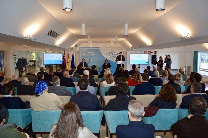 El presidente de la Región de Murcia, Fernando López Miras, presentó ayer el nuevo proyecto.