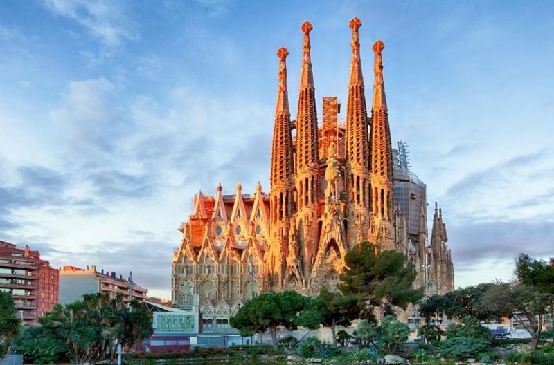 Ni subida de la tasa ni del IBI: el Gremi se desmarca de Barcelona Global