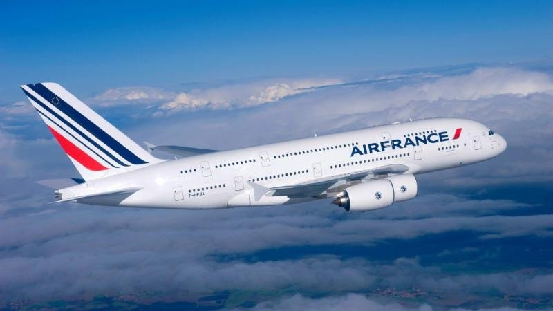 Air France suprime una cuarta parte de sus vuelos por la huelga