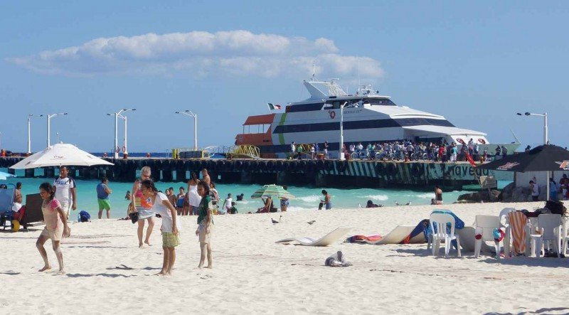 Muelle de ferrys a Cozumel en Playa del Carmen. Foto: PlayadelCarmen.org