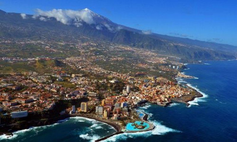 Puerto La Cruz, Tenerife.