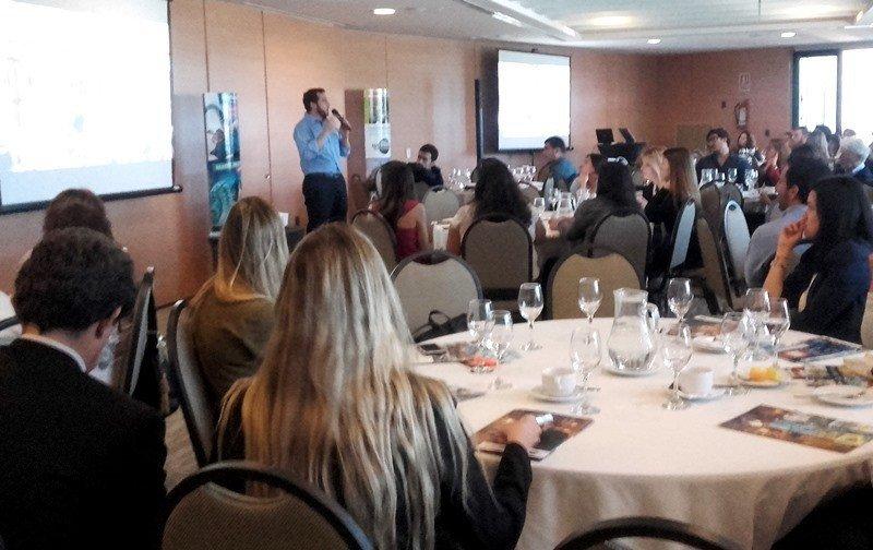 Presentación de Seaworld y Universal Resort en Montevideo.