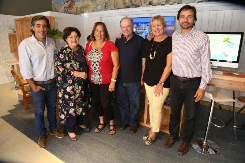 Equipo de Info Turismo en la Liga de Punta del Este.