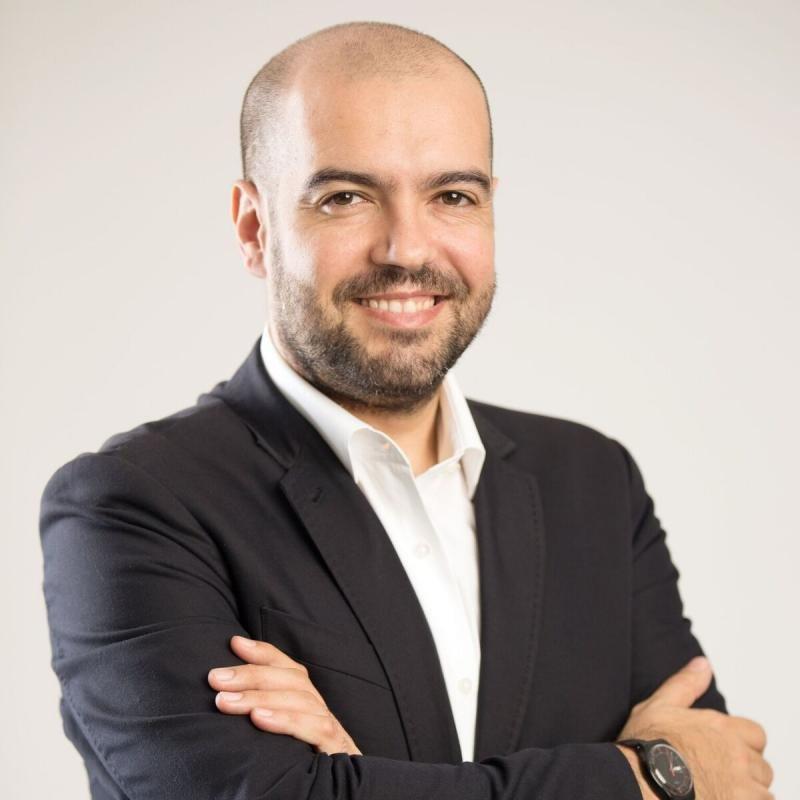 W2M nombra a Luis Reche director regional para Américas