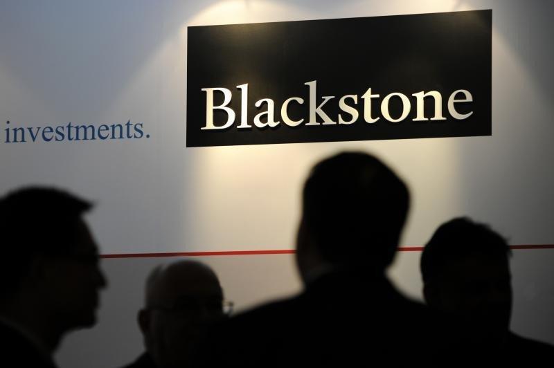 Ciudades secundarias, OPA de Blackstone por Hispania, Be Mate a América...