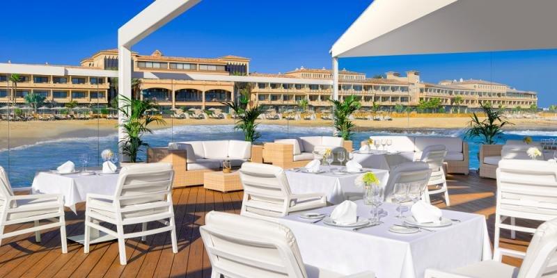 El hotel Bahía Real, un 5 estrellas Gran Lujo situado en Fuerteventura, es uno de los activos de Hispania.