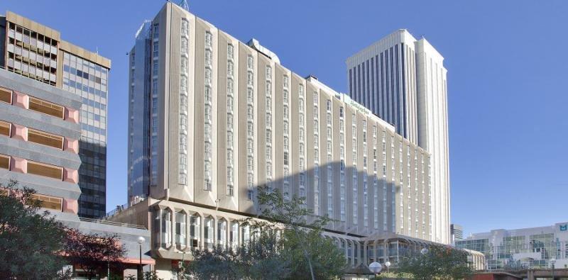 Holiday Inn Bernabeu es uno de los 46 activos hoteleros propieda de Hispania.