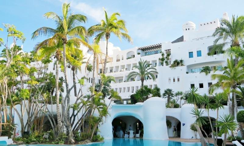 El Hotel Jardín Tropical estrena imagen tras invertir más de 10 M €
