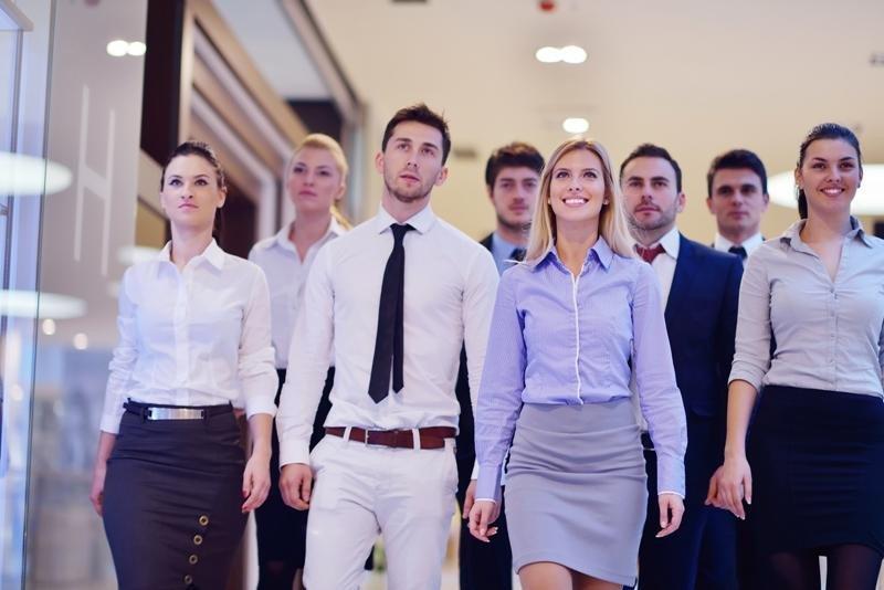 Si el cliente es el centro del negocio ¿qué rol tiene tu empleado? Imagen: Shutterstock