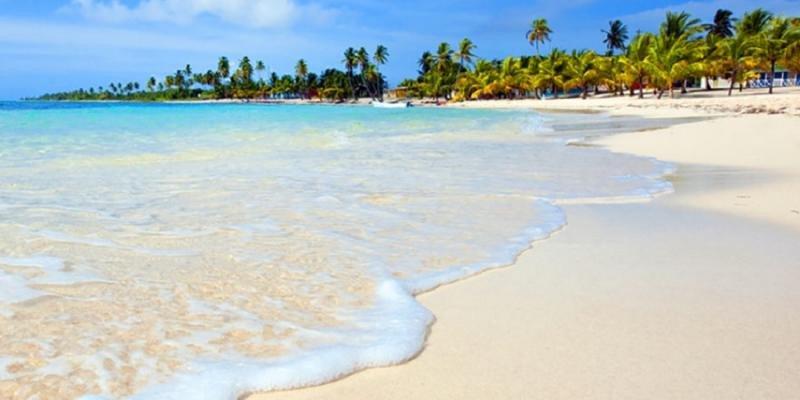 Hidalgo impulsa un macroproyecto de 18 hoteles en Dominicana
