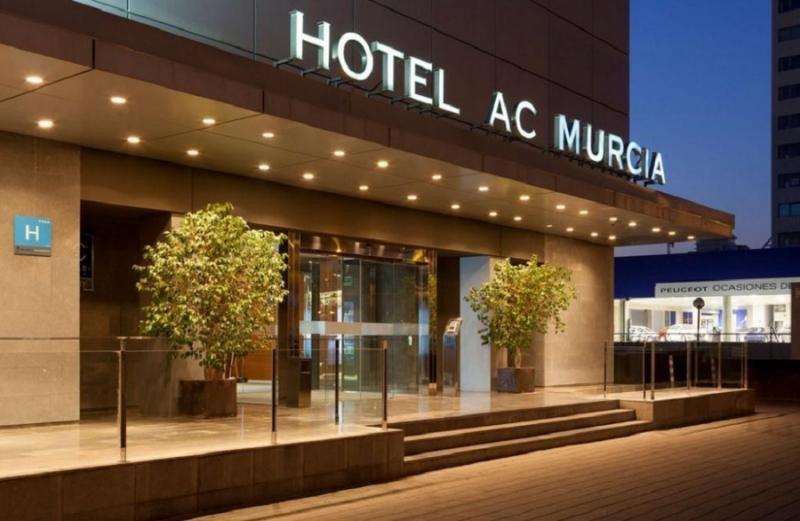 Murcia recupera los hostales y elimina el bidé en su regulación hotelera
