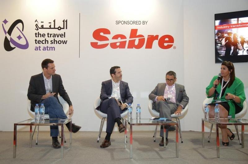 Momento del debate sobre nuevas tendencias de distribución, celebrado en el marco de Arabian Travel Market.