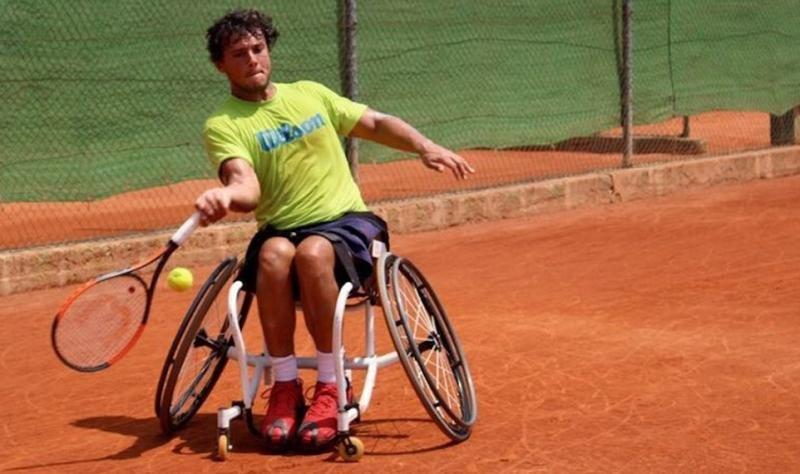 El tenista cordobés es el número 80 del mundo en el Ránking ITF y sexto de España en el circuito de tenis en silla (Foto: Cordopolis).