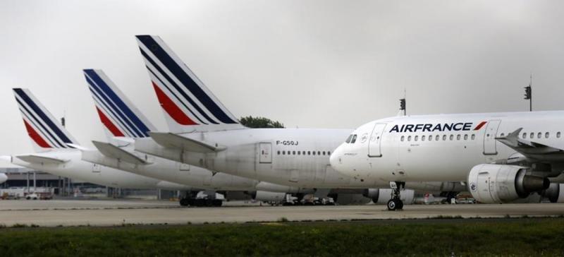 Air France dice que los nuevos paros ponen en riesgo a la aerolínea