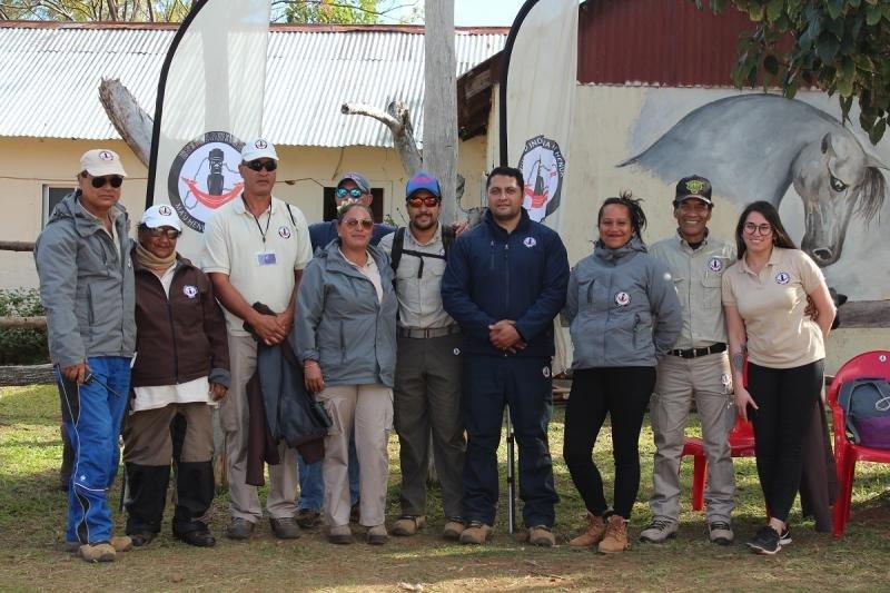 Miembros de la comunidad Rapa Nui, responsables de la administración turística de la Isla de Pascua