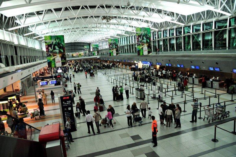Crecen 7,1% los arribos por vía aérea en Argentina en el primer bimestre