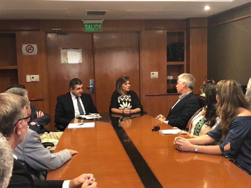 El secretario general de la OMT y la ministra de Turismo de Paraguay visitaron a los titulares de  las asociaciones de agencias de viajes de América Latina.