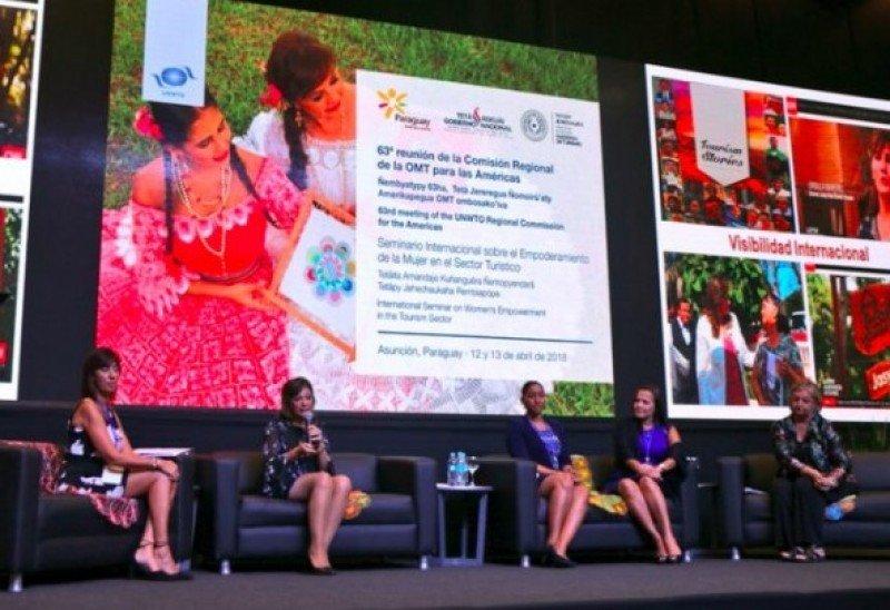Latinoamérica y África son las regiones con más ministerios de turismo comandados por mujeres.