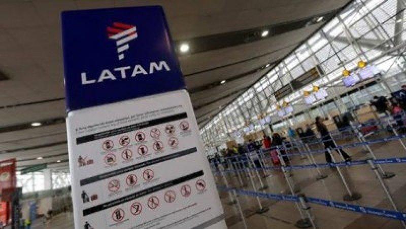 Sindicato de LATAM Airlines rechaza acuerdo y sigue la huelga
