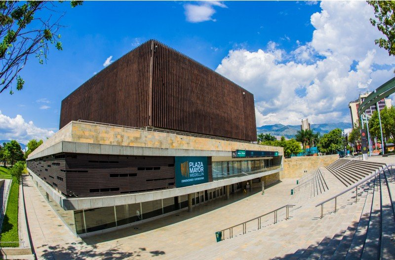 """Medellín recibe el """"Congreso de las Ideas"""" del turismo"""