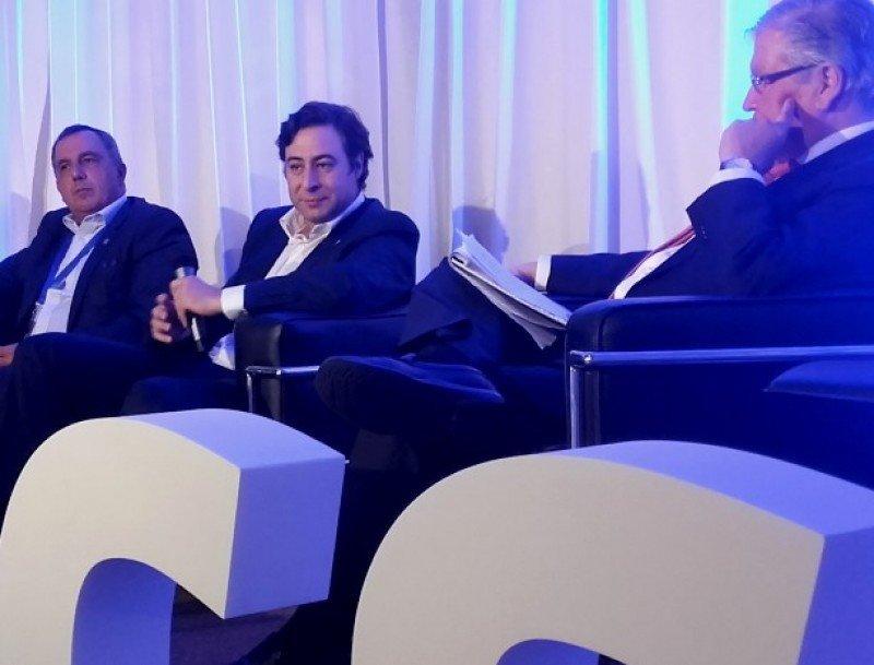 El CEO de Corporación América intercambió con el público durante el foro DACS.