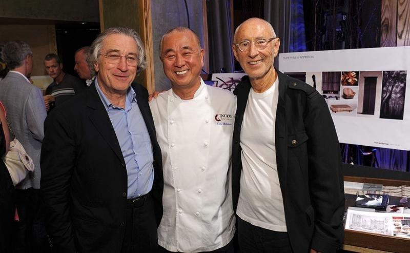 De Niro, Nobu Matsuhisa y Meir Teper, los tres fundadores de la cadena. Foto: Foodnetwork.ca.