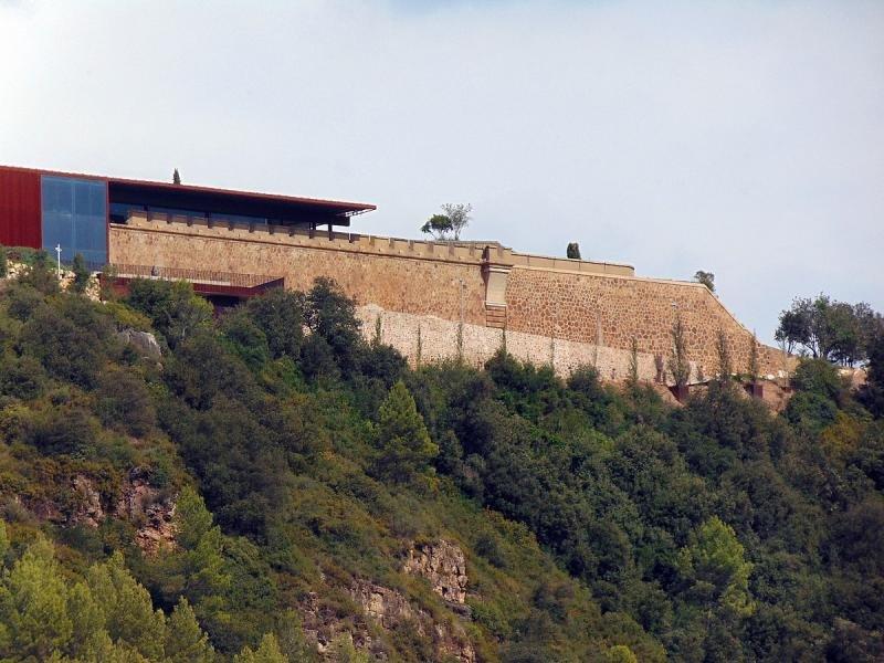 Castillo de San Julià de Ramis. Foto: Josep María Viñolas.
