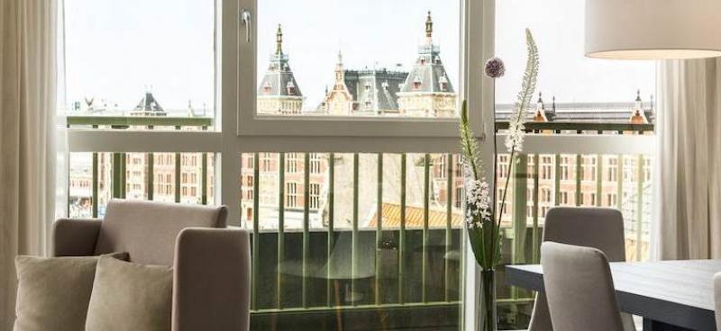 La venta del NH Collection Barbizon Palace se ha cerrado en el trimestre.