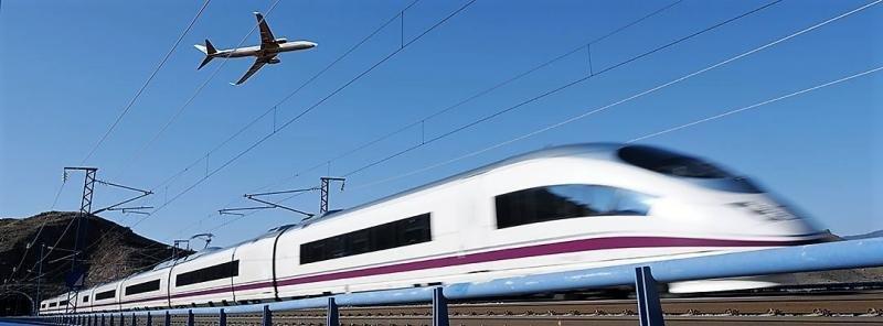 Tren vs avión, ¿cuál llega antes?