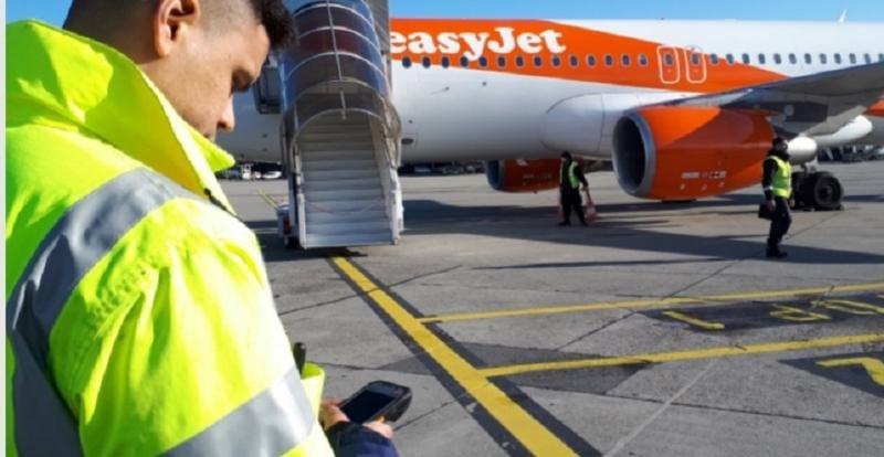Easyjet mejora el proceso de embarque y sus costes con tablets