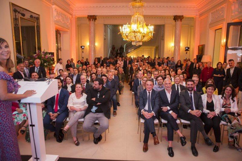 Más de 200 agentes de viajes y otros representantes del sector se dieron cita en la presentación de la campaña.