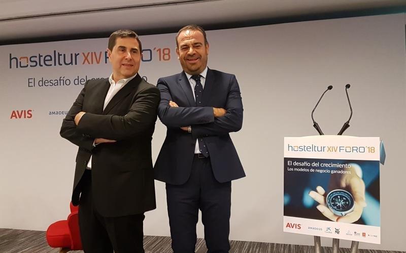 Joan Vilà y Gabriel Escarrer han abierto el Foro Hosteltur 2018
