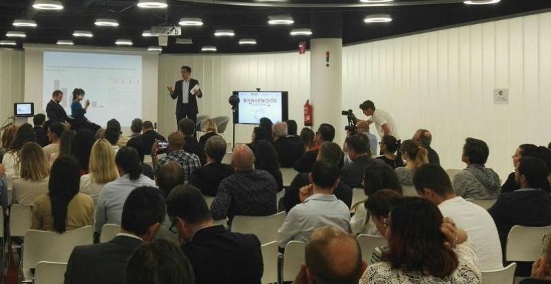 Pablo Delgado, CEO de Mirai, moderó el debate en el que participaron los representantes de Google, Trivago y TripAdvisor.