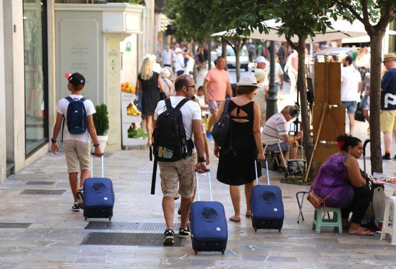 Más de un 60% de los españoles disfrutará de unos días de vacaciones este verano.