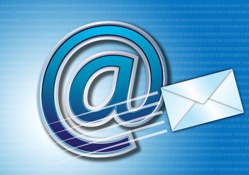 Más de la mitad de los usuarios de internet lo primero que hace por la mañana es comprobar su correo.