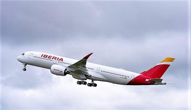 A350-900 de Iberia Airbus A350-900 de Iberia (Foto by A. Domenjou/ Master Films).