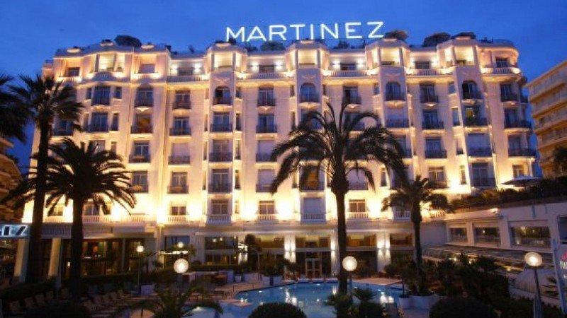 Hôtel Martinez de Cannes reabre tras reforma de US$ 180 millones