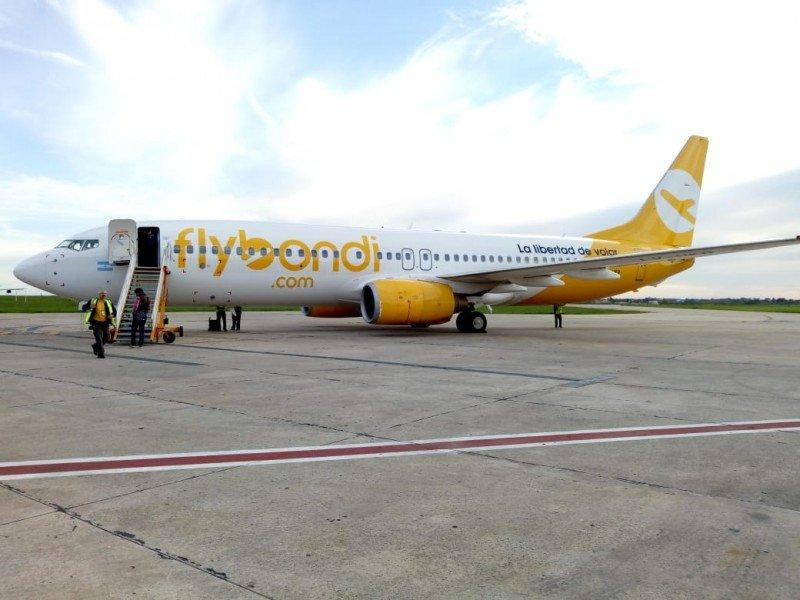 Flybondi abrió ruta Buenos Aires-Posadas y proyecta tres más en junio