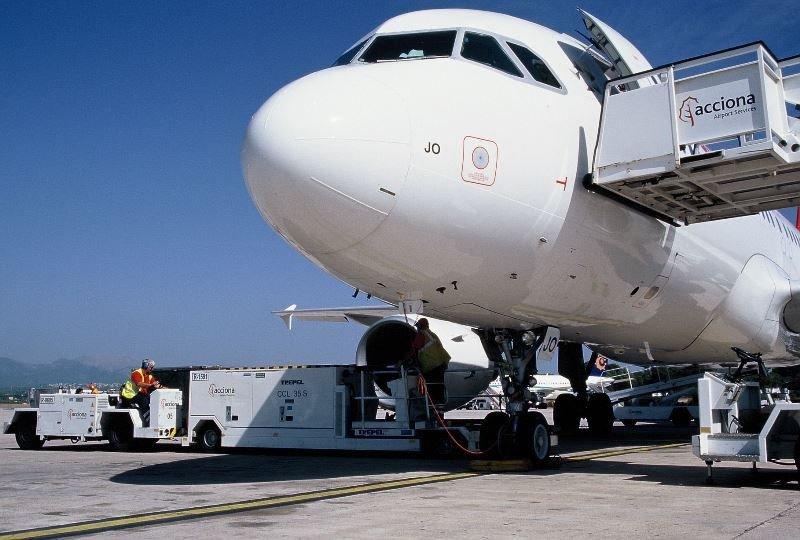 Aerolíneas Argentinas contrata a Acciona en Santiago de Chile