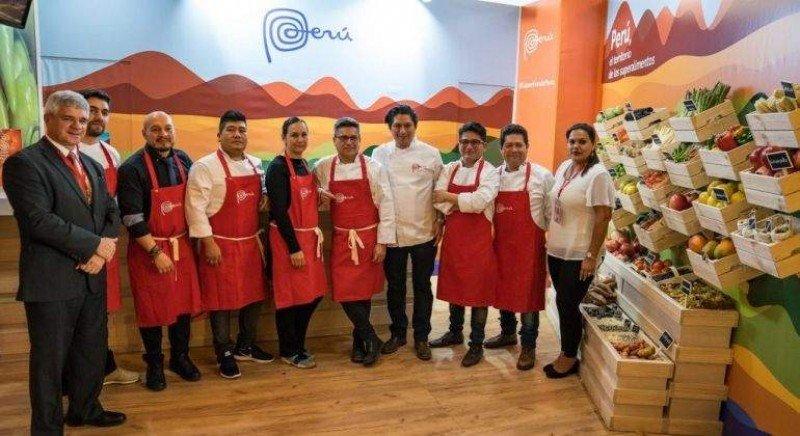 Inauguración de la Casa Perú en Rusia, una plataforma de promoción y negocios durante el Mundial.