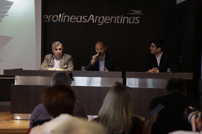 Las pérdidas de Aerolíneas Argentinas se redujeron 11% en 2017